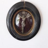 Cadre Napoléon 3, crucifix