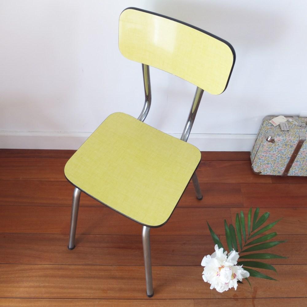 Chaise en Formica jaune citron midcentury.