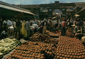 Port Louis - the Central Market during auction day - 1970s