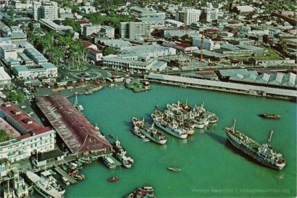 Port Louis Harbour - Rogers Construction - 1980 - Caudan Waterfront