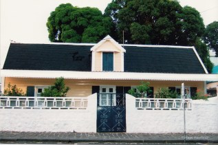 Port Louis - Old Creole Colonial House - St Georges Street - Lan Fat Po
