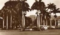 Port Louis - Place D'Armes - 1950s & Tiptop Bus
