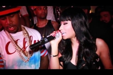 Nicki Minaj Makes It Rain On Some Strippers