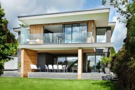 Construção de moradia moderna.