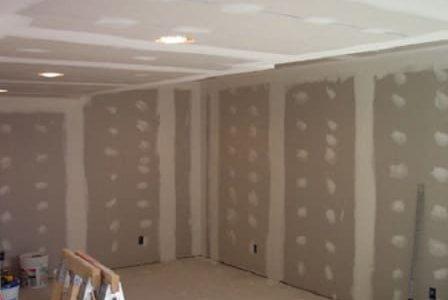 Aplicação de pladur em paredes e teto.