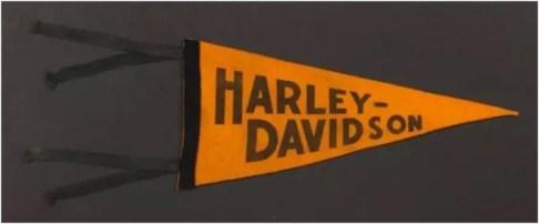 Harley Pennant 3