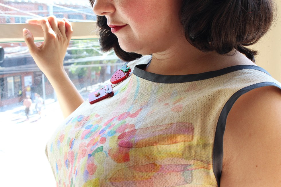 Bodice close up, bias binding and Esterwilder pin on Britex Fabric Italian watercolor cotton | @vintageontap