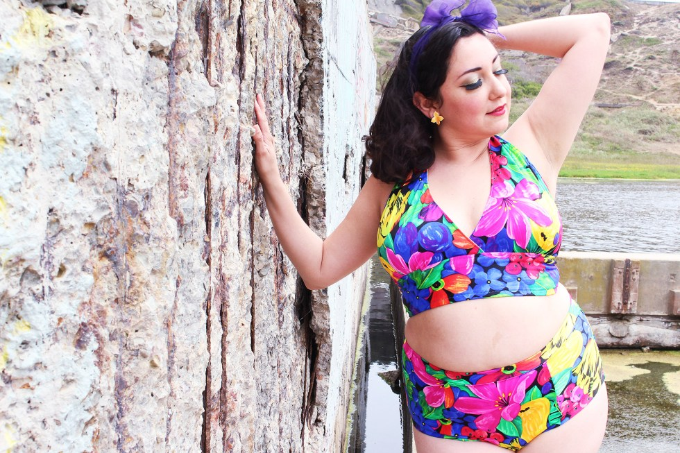 Posing in a new Pinup Bathing Suit, McCalls 7168 | @vintageontap