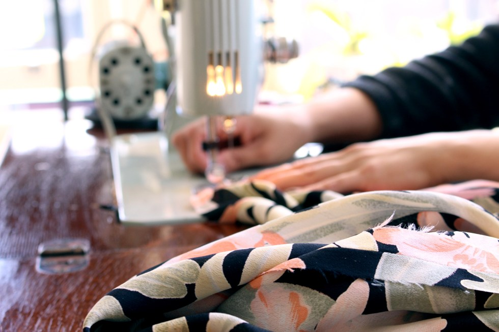 Sewing for the Retro Tiki Collab, Patterns by Gertie B6354 | @vintageontap