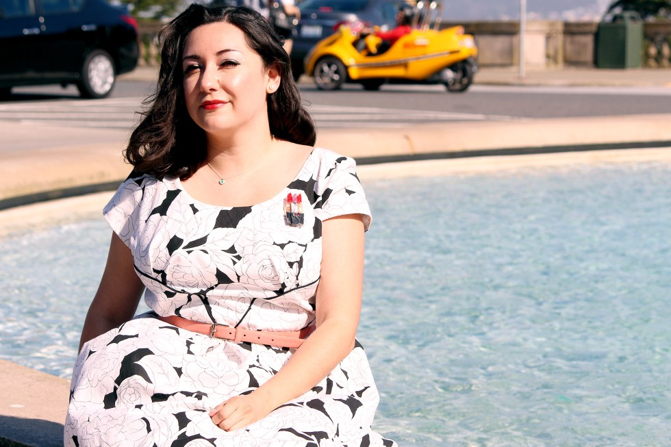 Sitting at the Legion of Honor in San Francisco, Colette Rue Dress | @vintageontap