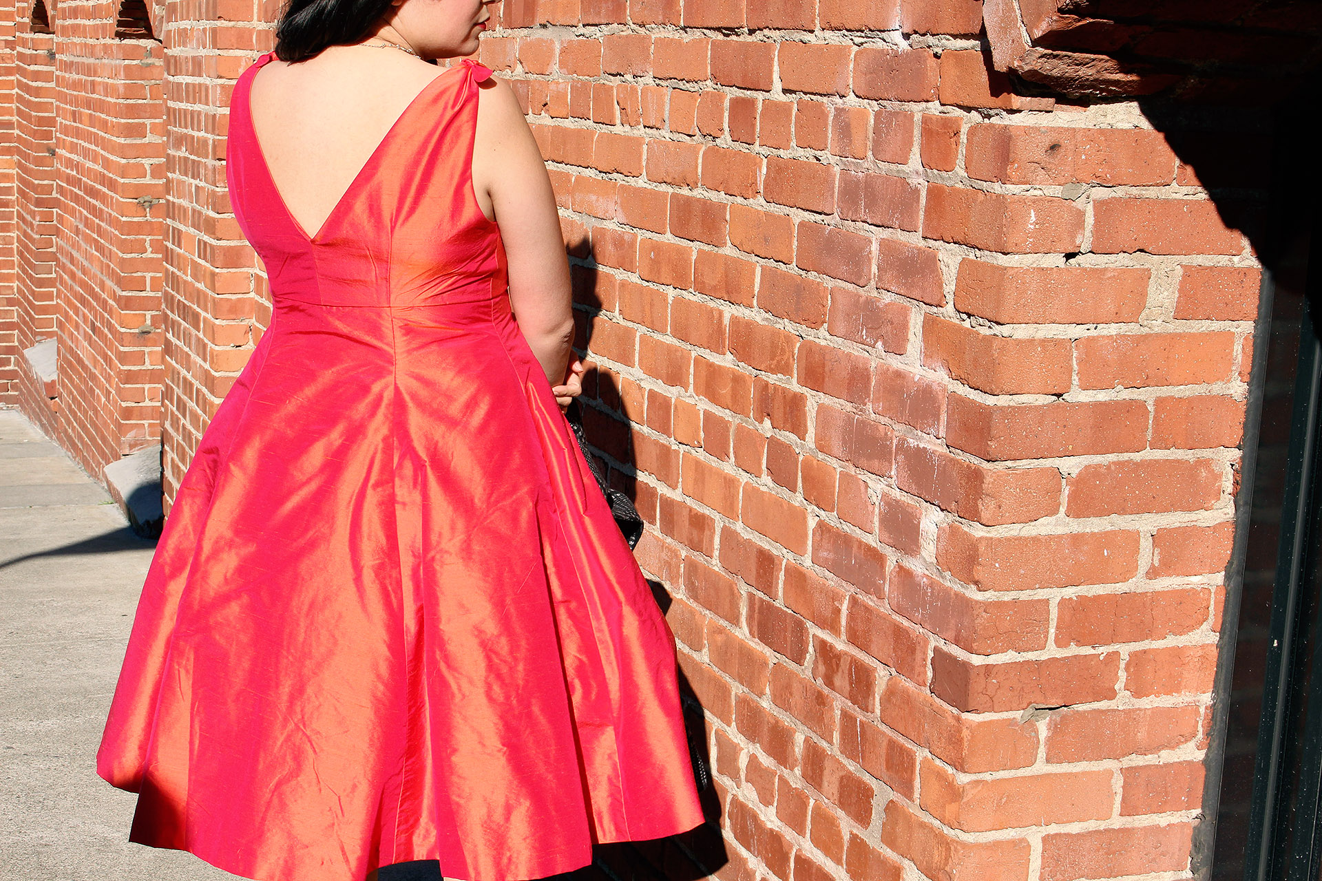 Butterick B5603 Pinup dress, back view | @VintageonTap