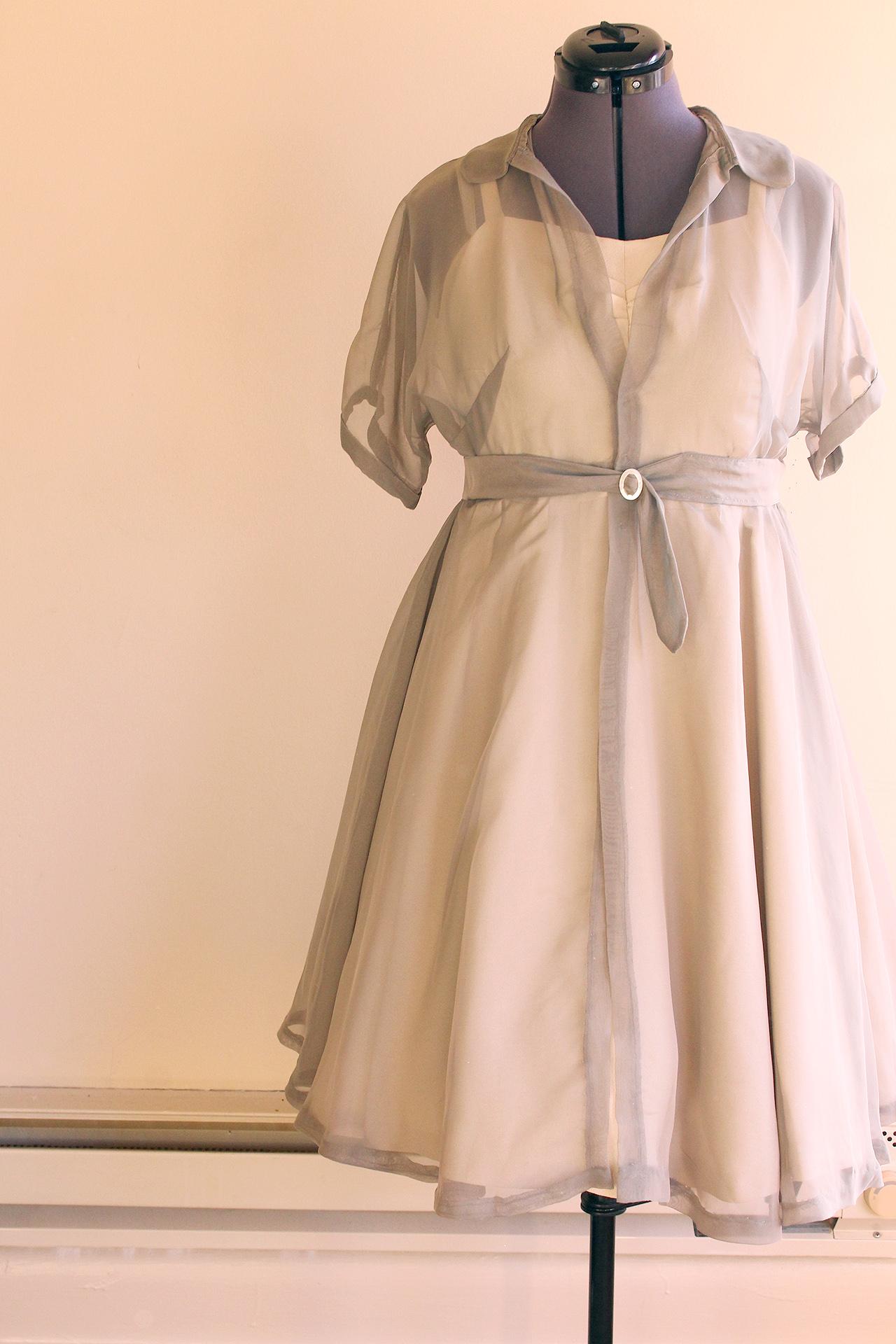 Simplicity 8252, completed vintage dress | @vintageontap