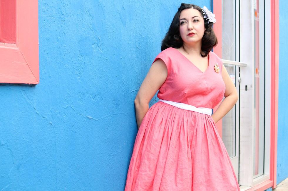 Sewing tutorial V8789, spring vintage dress | Vintage on Tap