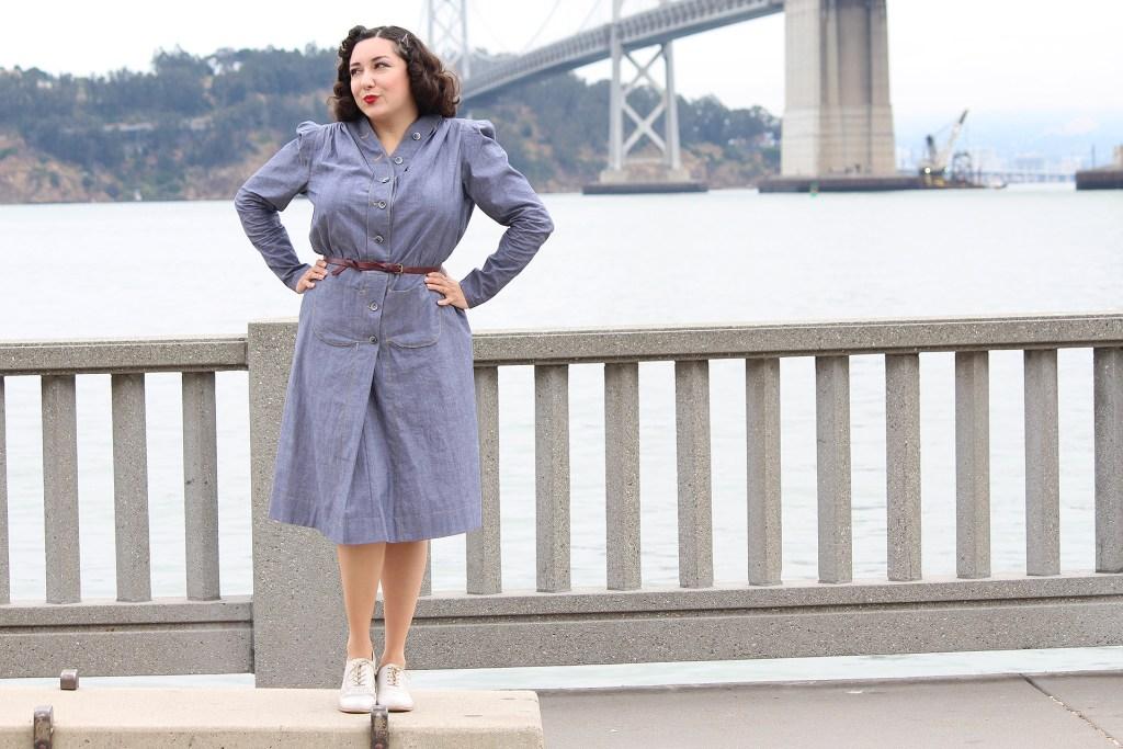 Vintage B6282, 1940s retro navy dress | Vintage on Tap