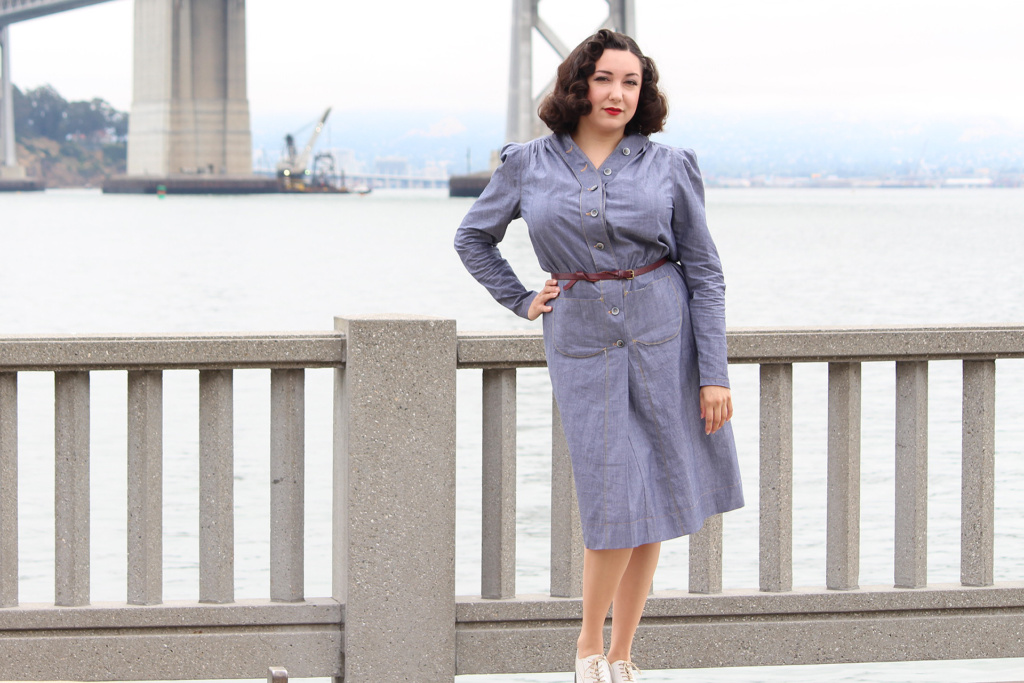 Vintage B6282, 1940s retro navy dress | Vintage on Tap