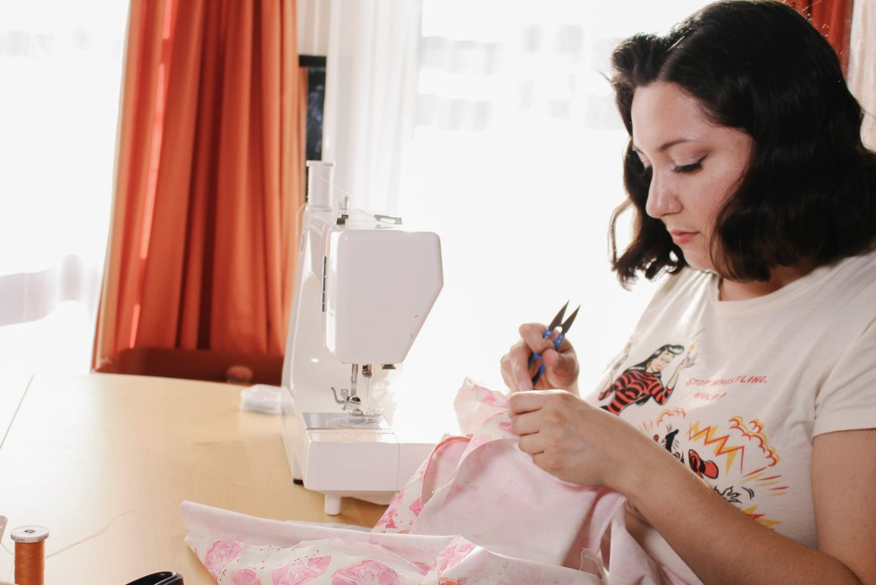 Learn how to sew with tutorials by Vintage on Tap, which walk you through the entire sewing process! | Vintage on Tap