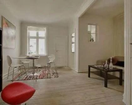 Remodelações de apartamentos: Conservação do pavimento em madeira de pinho.