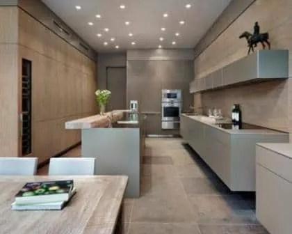 Remodelações de cozinhas com espaço para refeições.