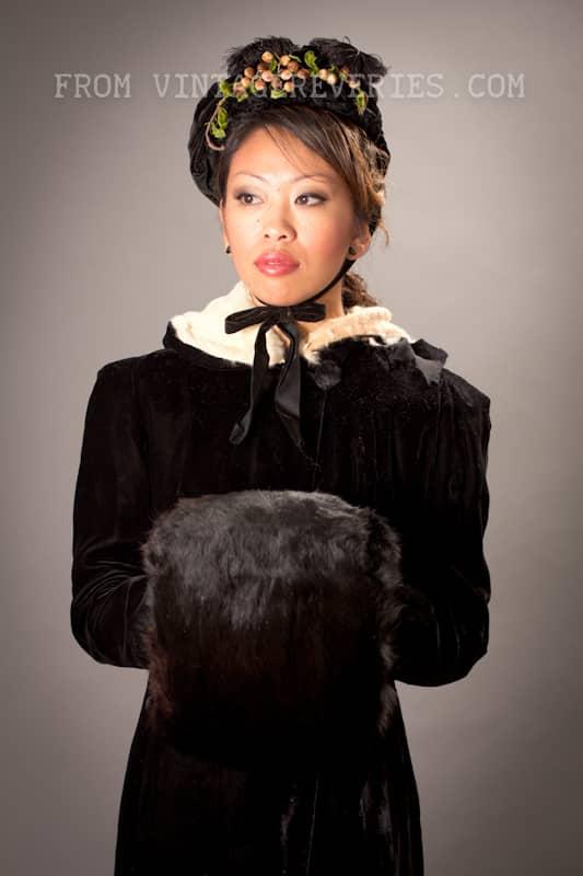 1800s rabbit fur hand muff