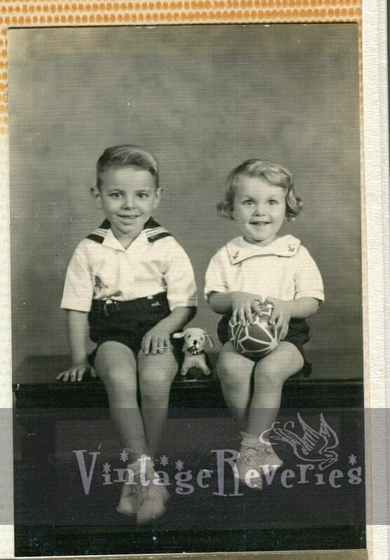 1930s brother and sister photo