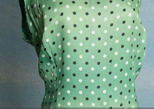 Vintage Green dress with black and white polka dots on it. Large – XL