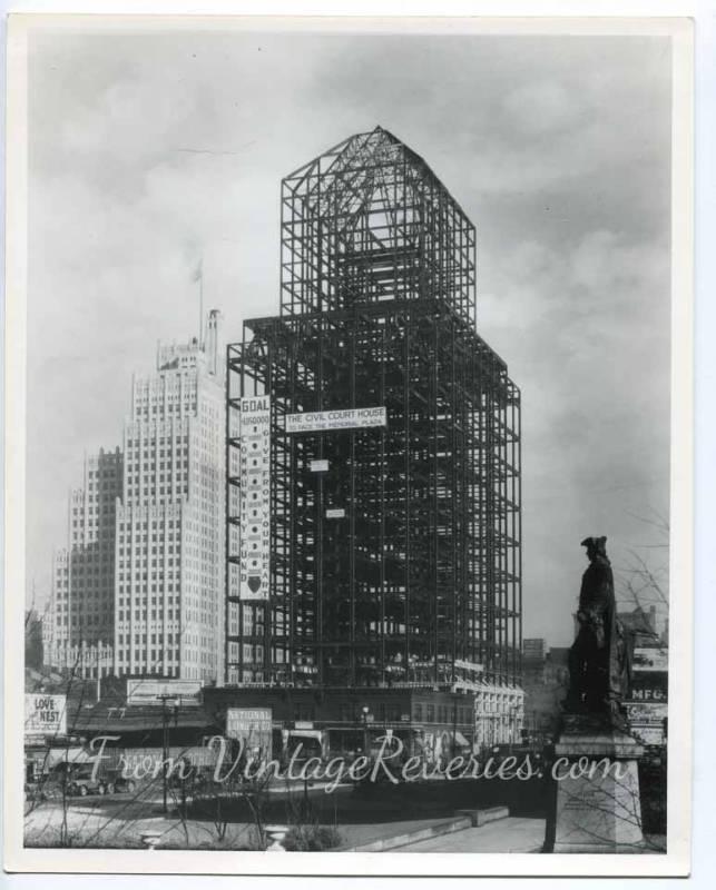St. Louis civil courthouse under construction