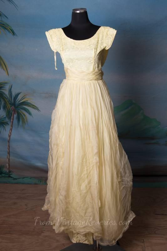 Very petite lovely yellow prom dress