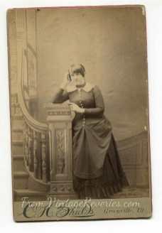 1800s heavyset woman