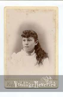 1800s young woman portrait