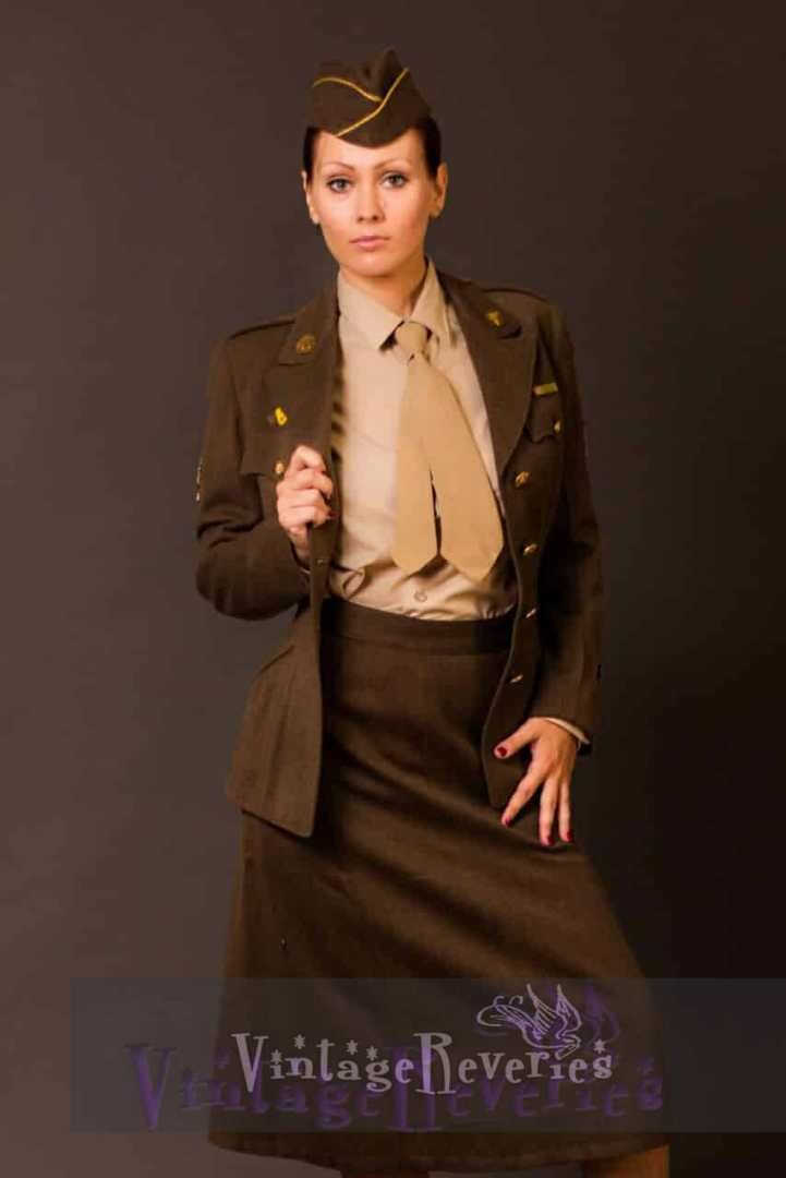 WWII womens uniform