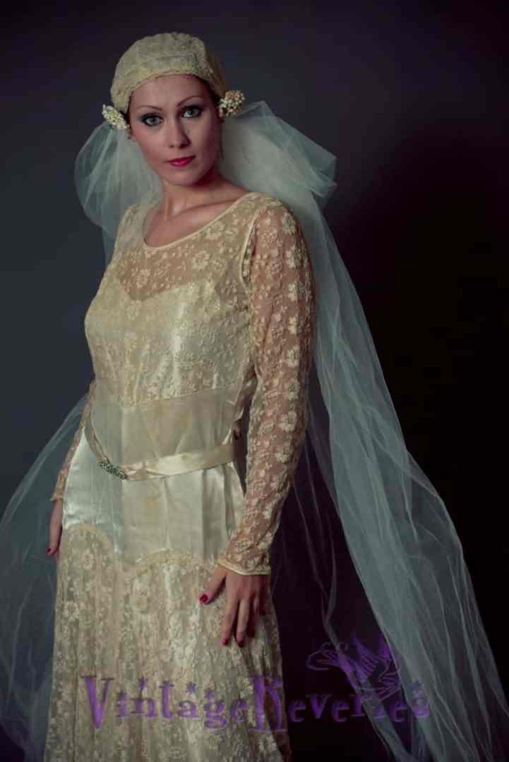 1920s styled bridal shoot