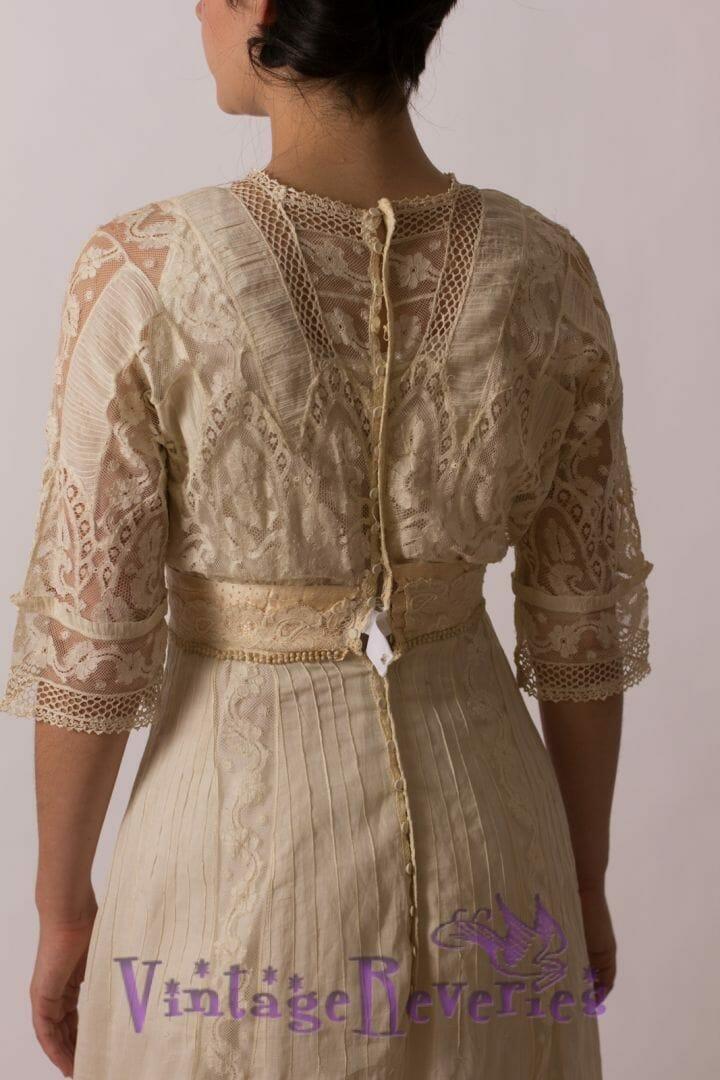 edwardian lace detail