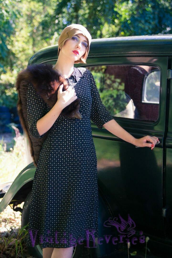 modern 1920s girl