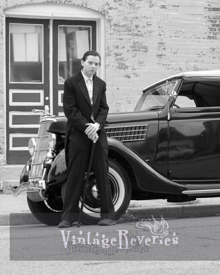 1930s groomsman