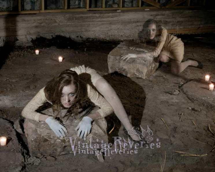 crazy looking creepy ghost pics