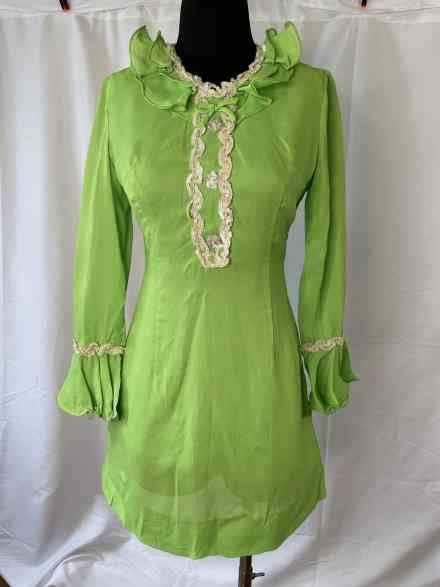 Bright happy neon green long sleeve 60s minidress