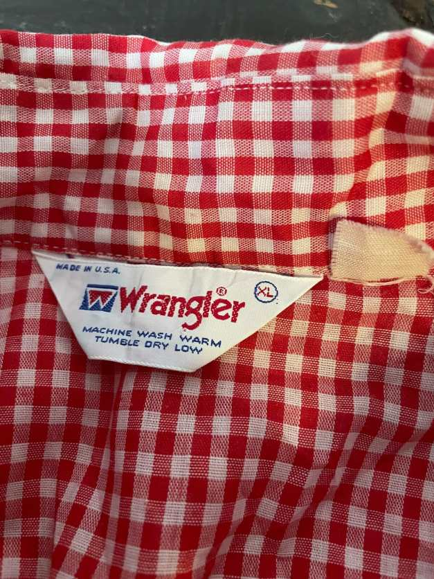 vintage 1980s Wrangler label shirt