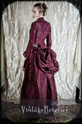 lovely bustle 1880s dress