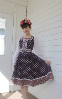 Rumors Vintage 70s Prairie Midi Dress