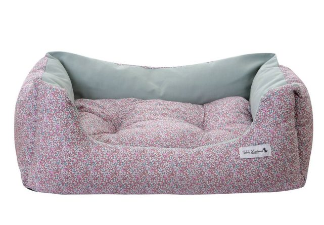 original_pink-liberty-print-luxury-dog-bed