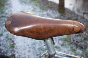 Brooks professional leather seat