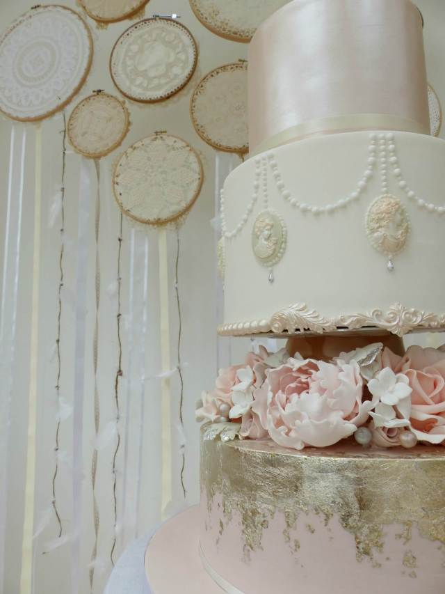 DIY Tutorial How to make a vintage doily wedding wall hanging by The National Vintage Wedding Fair blog 9