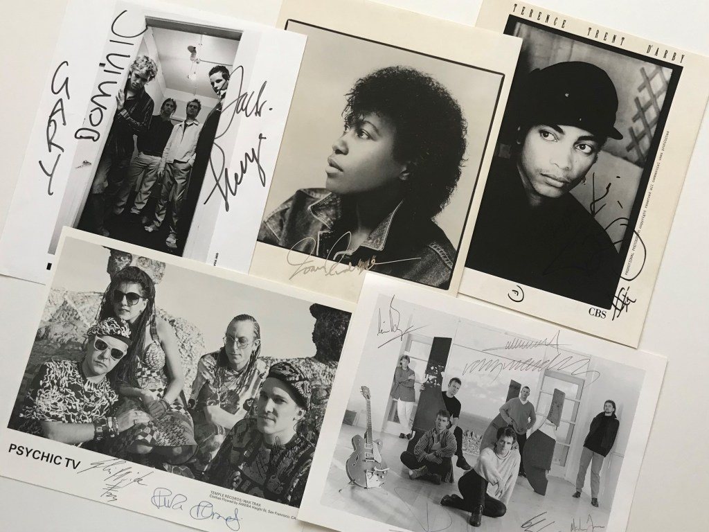 Signed Music Photo Promo Memorabilia Vinyl Wanted Wants to Buy