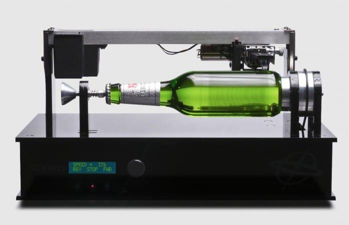 The Edison Bottle - eine Bierflasche als Plattenspieler!