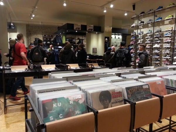 Vinyl Abteilung im hhv selected store Berlin
