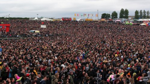 DF Crowd