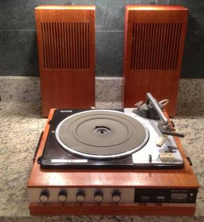 Mercury Diamond Portable Turntable