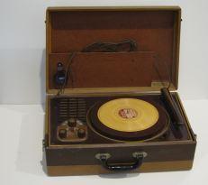 Wilcox-Gay OJ10 home disc recorder, 1949