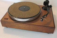 Acoustic Research XA Turntable