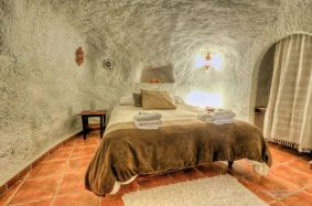 Cuevas-El-Abinico-Granada-Spain